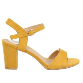 Sandals on the post yellow FH-3M25 Yellow