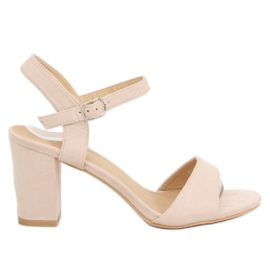 Brown Sandals on the post beige FH-3M25 Beige