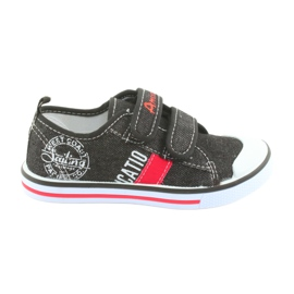 Velcro sneakers American Club black jeans