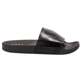 Small Swan black Casual Women's Slippers