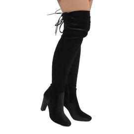Ideal Shoes Black velvet boots on the E-4902 post