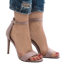 Violet sandals on a suede heel SY-31P
