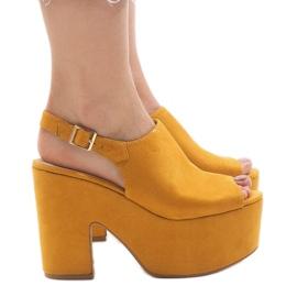 Yellow sandals on a massive 8263CA brick