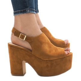 Camel sandals on a massive 8263CA brick