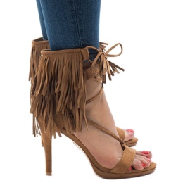 Beige sandals on the stiletto suh boho 8125-1 brown