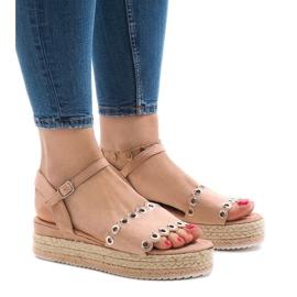 Pink sandals on platform 99-46