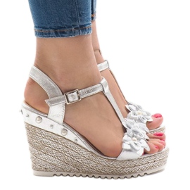 Silver wedge sandals with flowers T-682-5 grey