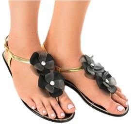 Black flip-flops with flower KG19P