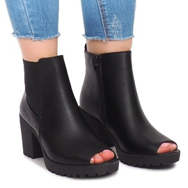 Outdoor Ankle Boots B2890 Black