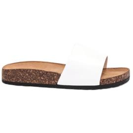 Bello Star Classic White Slippers