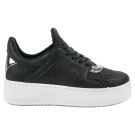 Ideal Shoes black Sneakers With Brocade