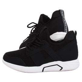 Black sport shoes X-9762 Black