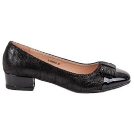 Kylie Pumps On Flat Heels black