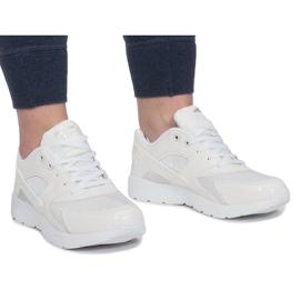 LD34B-3 Sport Footwear White