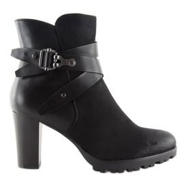 High-heeled boots black 8287 Black