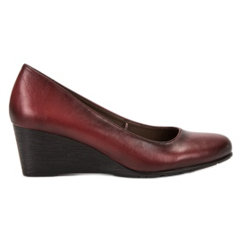 Vinceza Burgundy Pumps On Wedges red
