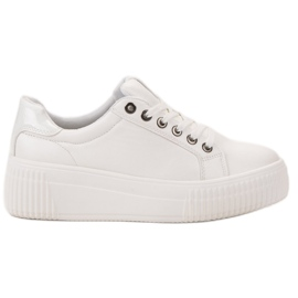 Kylie Sport Shoes On The Platform white