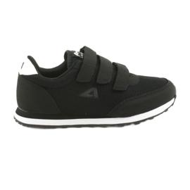 Black American Club WT25 sports shoes