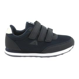 American Club WT25 navy sports shoes