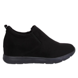 Shoes on a hidden wedge black ZY-7K67 Black