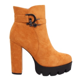 Boots on the platform honey NS068P Yellow