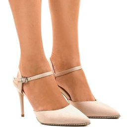 Gemre brown Beige pumps on B-43 heel