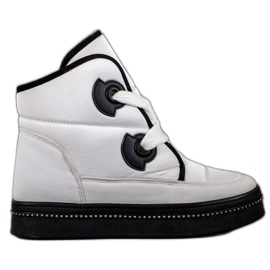 Weide White Snow Boots