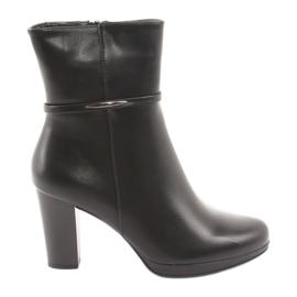 Daszyński Women's high boots on the post black