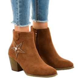 Brown suede boots on a post star L88-163