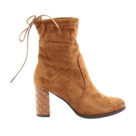 Suede boots with a decorative heel Daszyński 154