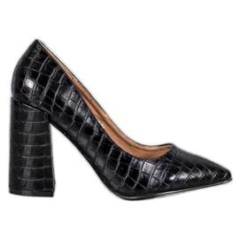 Black VICES Pumps