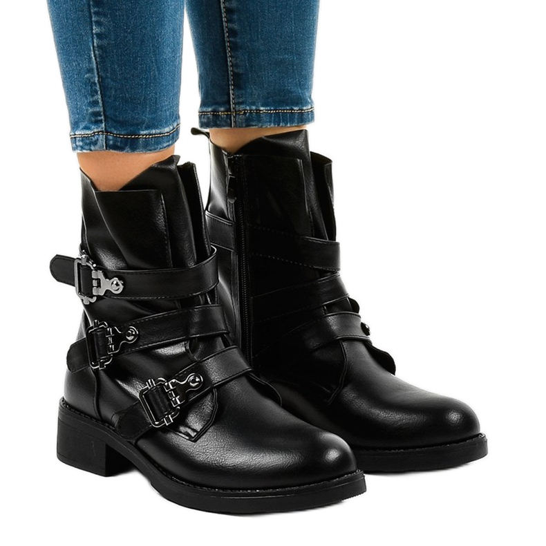 Women's black flat boots with HQ952 buckles