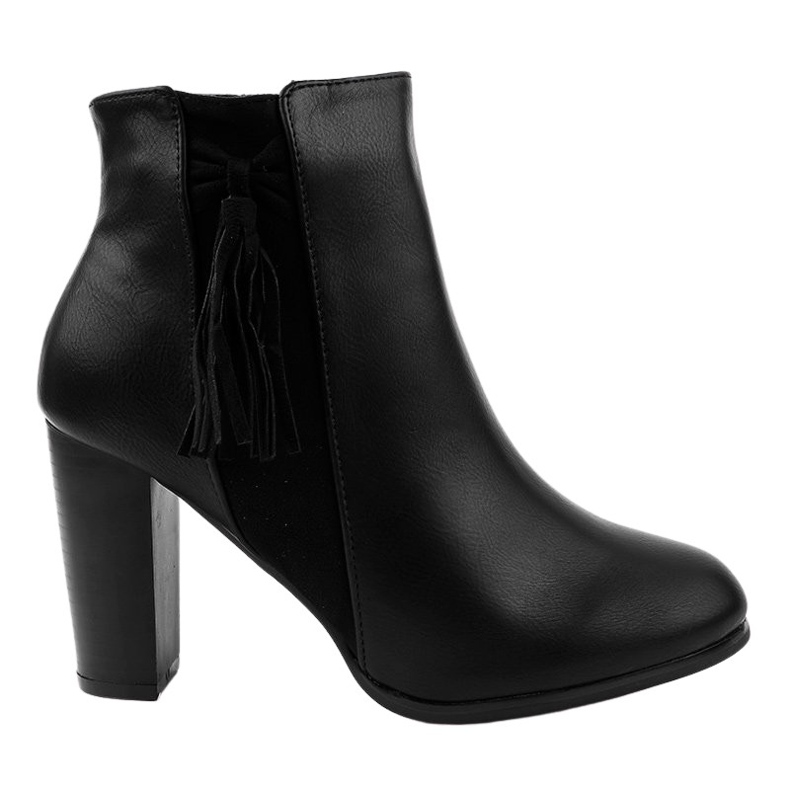 Black ankle boots with F880 fringes