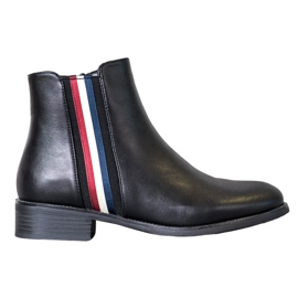 Filippo Boots With An Ornate Strap black