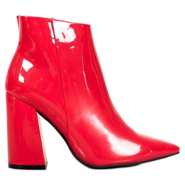 Seastar Red Lacquered Boots