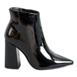 Seastar Black Lacquered Boots