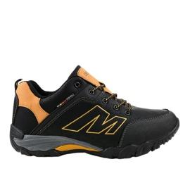 103A black trekking shoes