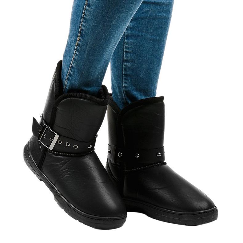 Black snow boots 69