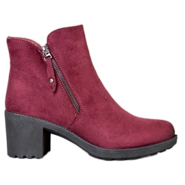 Diamantique Casual Booties On A Bar red