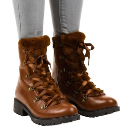 Camel K90 insulated boots brown