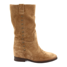 Suede boots on a wedge Badura 9441 brown