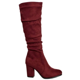 Wilady Suede Boots On A Bar red