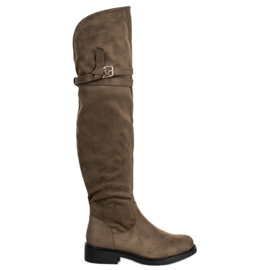 Ideal Shoes Elegant Thigh-High Boots With A Buckle green