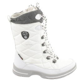 Snow boots with a membrane American Club SN08 white