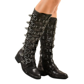 Black boots richly decorated NC271
