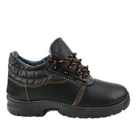 7M900 black trekking shoes