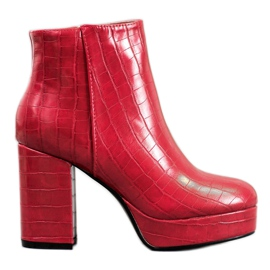 Small Swan Boots On Platform red