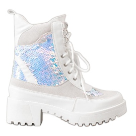 Seastar Ankle Boots On Fashion Platform white