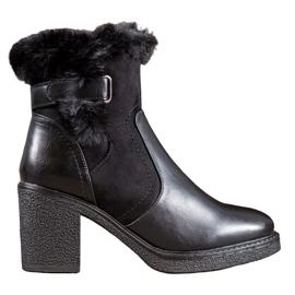 SHELOVET Boots With Fur black