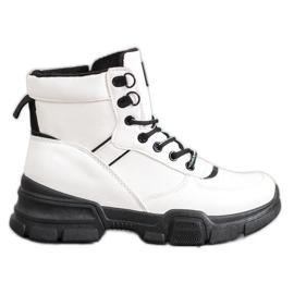 SHELOVET Ankle Boots On Fashion Platform white